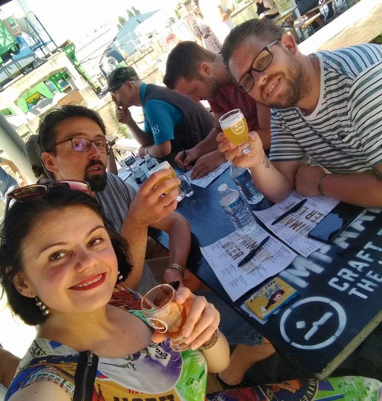 Podcast Tina op de festival toer Kompaan